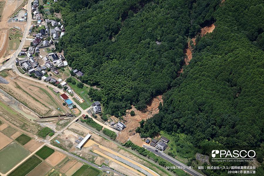 京都府福知山市大字私市 住宅背後の裏山で発生した斜面崩壊