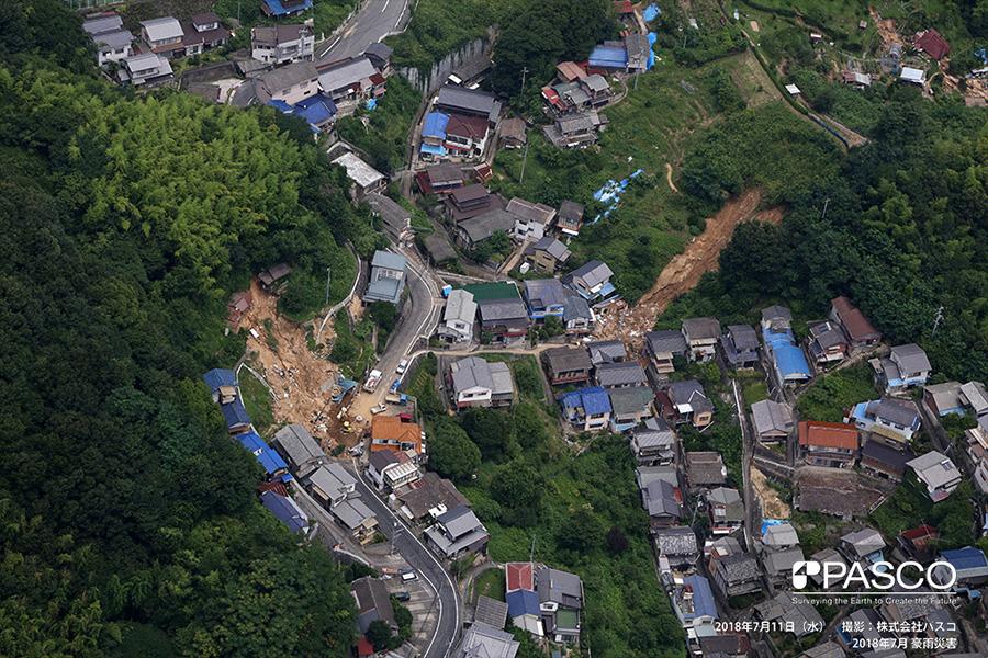 尾道市防地町 住宅背後斜面の崩壊